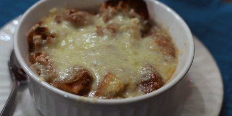 French Onion Soup – Our Family Christmas Tradition