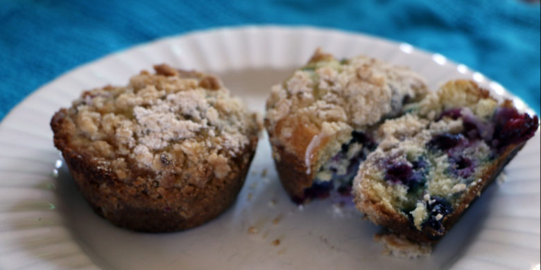 Buttery Blueberry Muffin with Streusel Topping